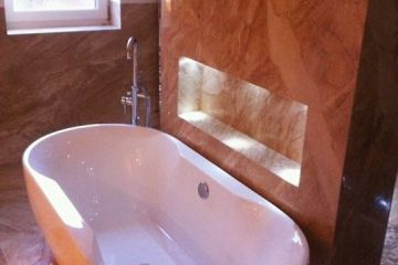 Perlato Olympo Marble Bathroom